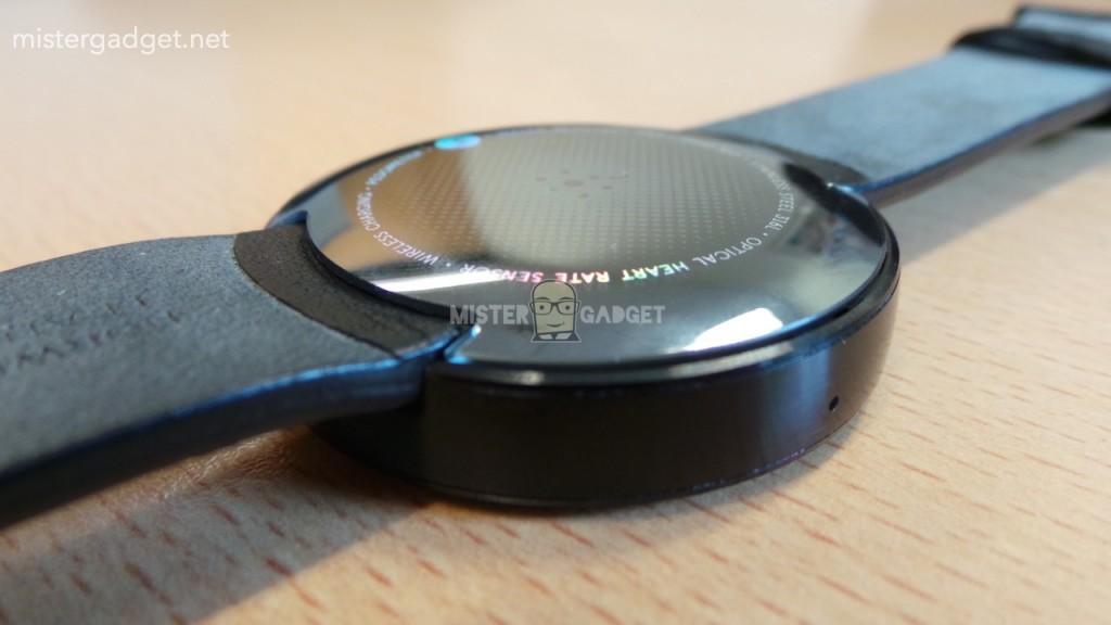 Motorola-Moto-360-3