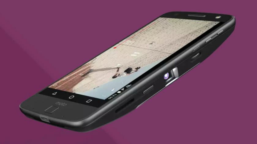 Moto-Z-Moto-Mods-Moto-Insta-Share-projector